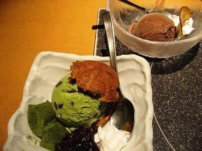 小倉抹茶のシューアイスとチョコレートアイス