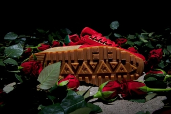 le_coq_sportif_x_limiteditions_day_of_the_rose_eclat_17.jpg