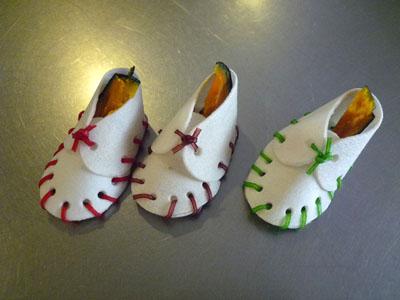 なに色?かぼちゃの靴