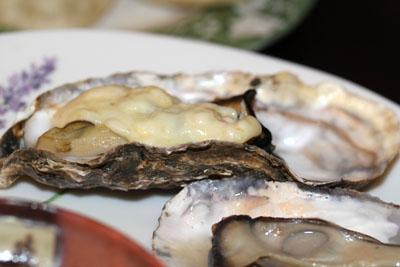 チーズオーブン牡蛎に乗せたり