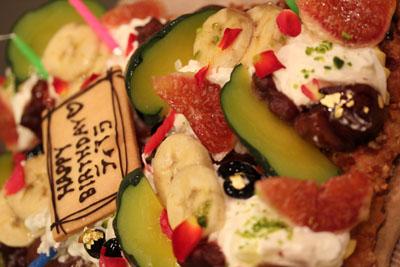 ティアラ誕生日ケーキ1