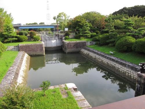 長良川川上り 船頭平閘門3