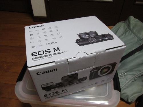 EOS M 外箱