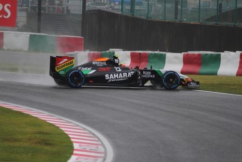 2014F1日本GP決勝 ペレス・スピン