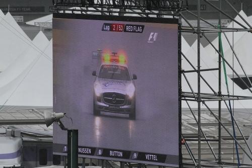 2014F1日本GP決勝 赤旗中断