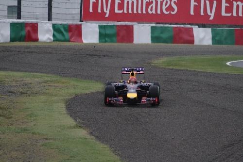 2014F1日本GP決勝 ベッテルコースオフ