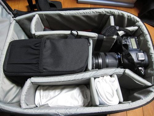 ロープロ S&F レンズエクスチェンジケース200AWを収納