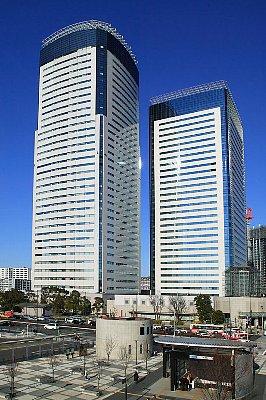 Toyosu_Center_Building_001.jpg