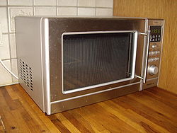 250px-Microwave_oven.jpg