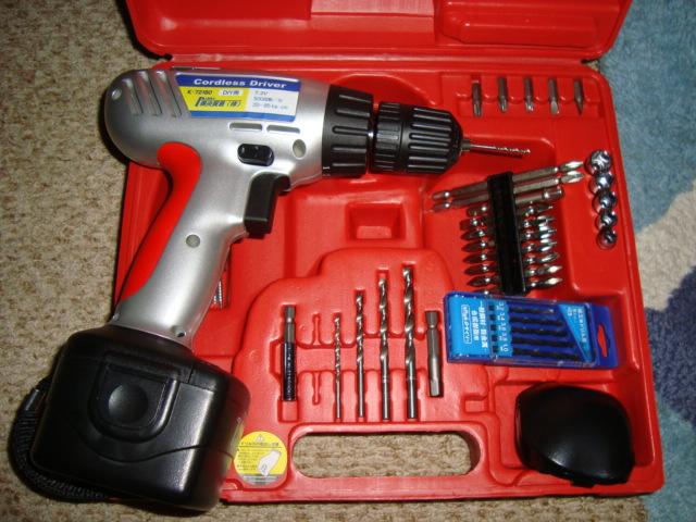 電動ドリル等..工具。