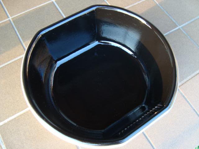 黒塗り洗面器
