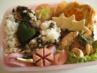 20101215クリスマスリースお弁当 (1)
