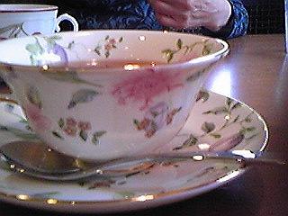 100422紅茶カップ①