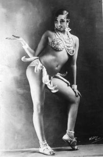 burlesque-Josephine-Baker-Banana-Dance-1920-940ls102810_320.jpg