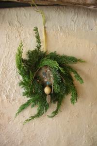 Hitomi's wreath