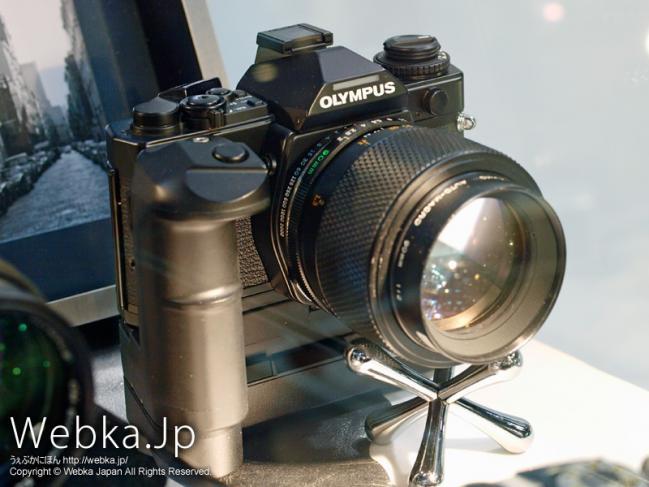 OLYMPUS OM-3 + Zuiko Auto-Macro 90mm F2