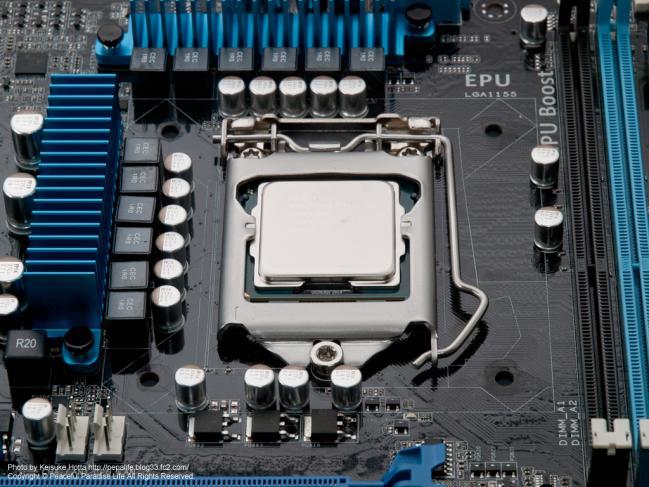 CPUをM/Bに取り付け