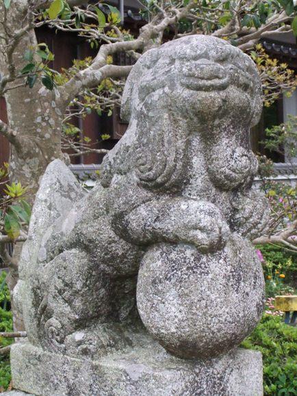 八雷神社西泉4