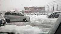 サミット駐車場の雪1