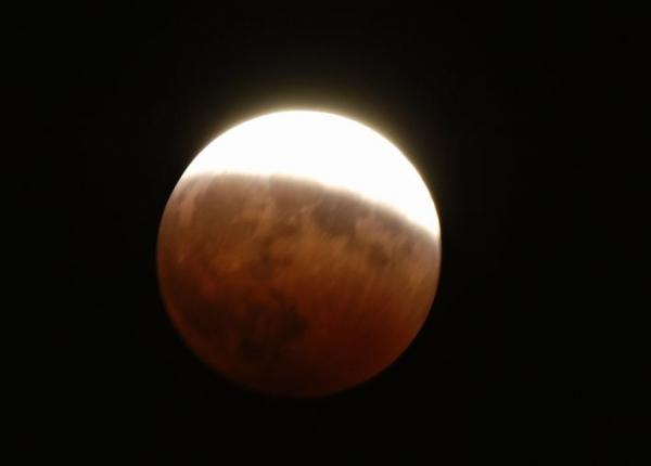 ka.皆既月食 20141008 001