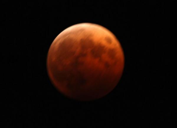 ka.皆既月食 20141008 003