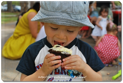Joshua with cupcake
