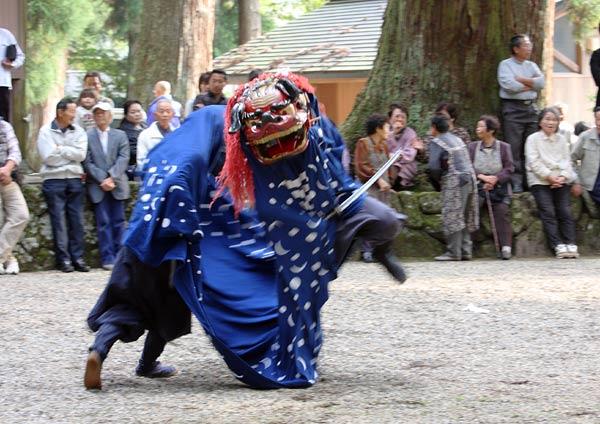 龍穴神社 獅子舞4
