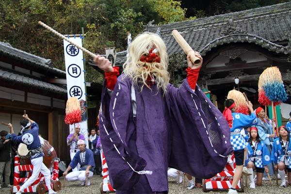 吐山の太鼓踊り3