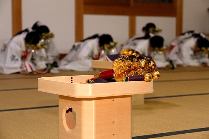 海神社 いさめ踊り4