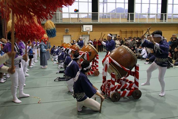 吐山の太鼓踊り1