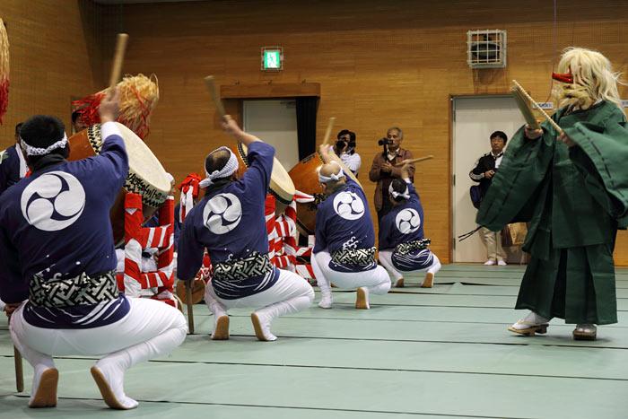 吐山の太鼓踊り4