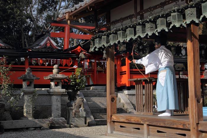 奈良豆比古神社 弓始祭3