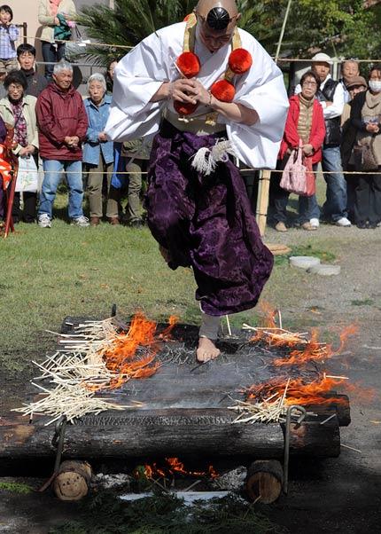 大安寺 火渡り4