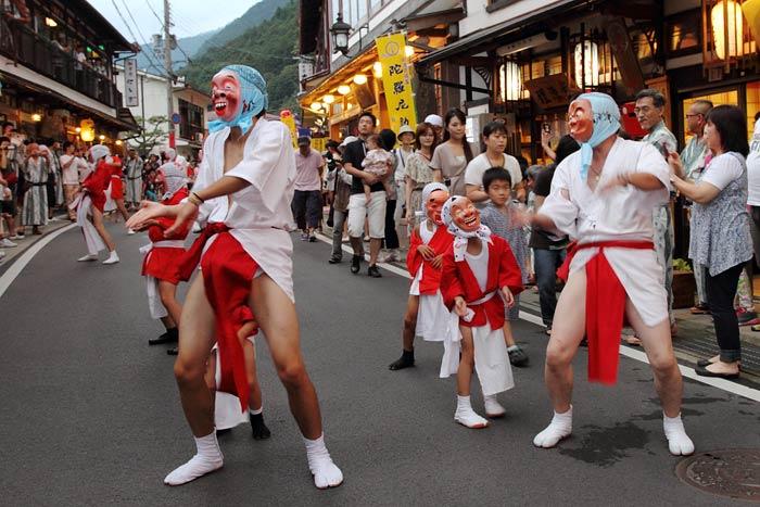 洞川 行者祭り1