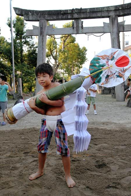 三柱神社 子ども相撲5
