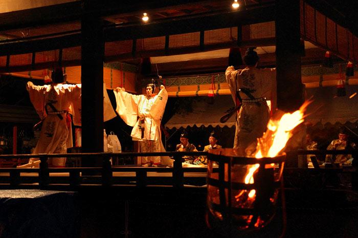 氷室神社 夕座舞楽1