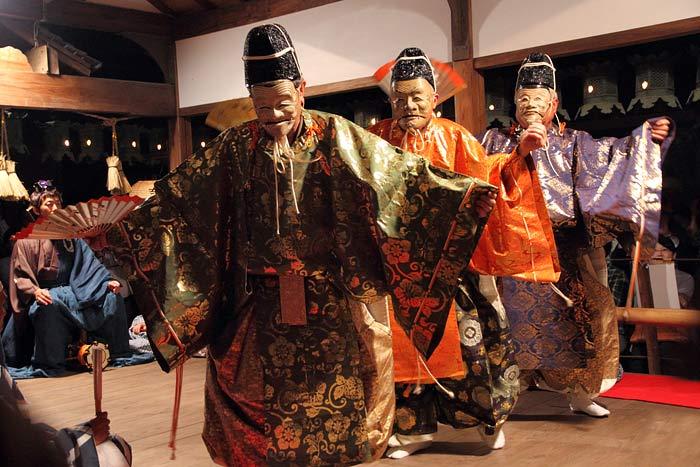 奈良豆比古神社 翁舞3