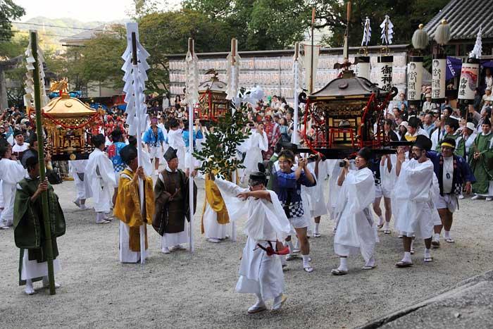 往馬大社 火祭り 本祭3