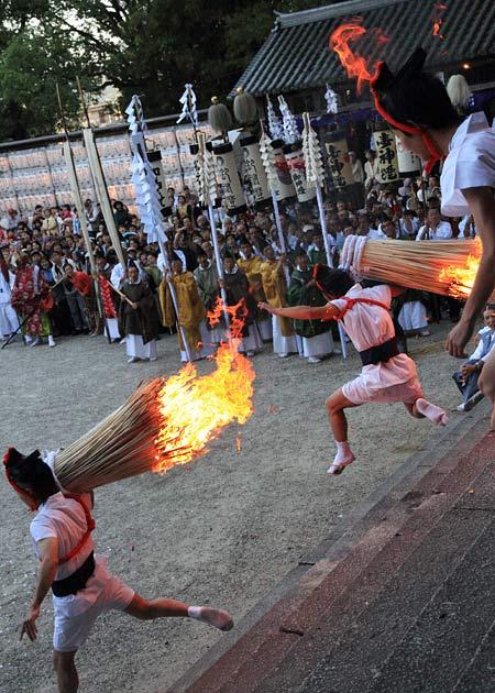 往馬大社 火祭り 本祭6