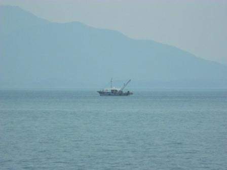 宝伝の漁船