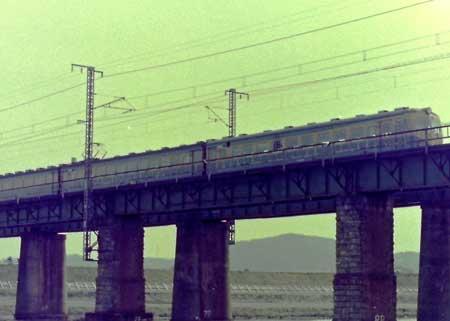 岡山旭川鉄橋2
