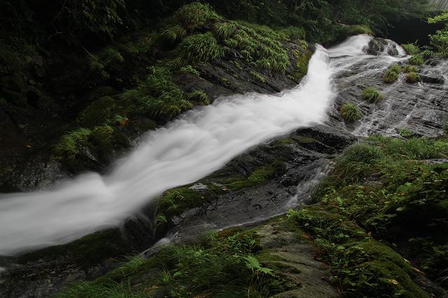 [五段滝] 新庄村野土路