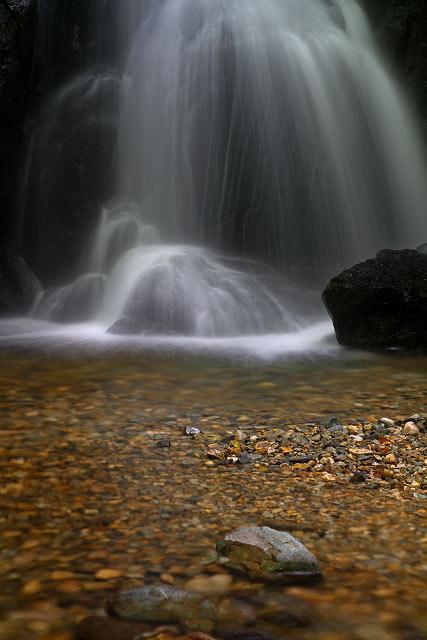 山乗(やまのり)不動滝(岡山県真庭市蒜山下和)