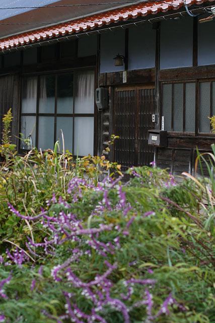 鳥取県東伯郡琴浦町光「鏝絵(こてえ)・なまこ壁」