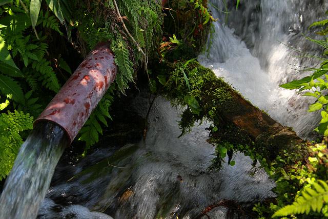 地蔵滝の泉(平成の名水百選)
