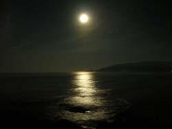 大岐の浜 満月
