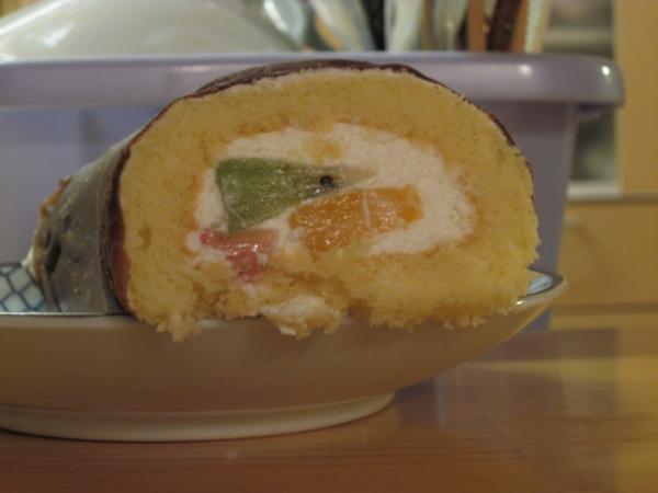 小さな隠れ里@恵方ロールケーキ