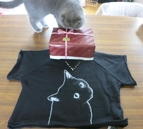 4)黒ネコスウェットちゃんと