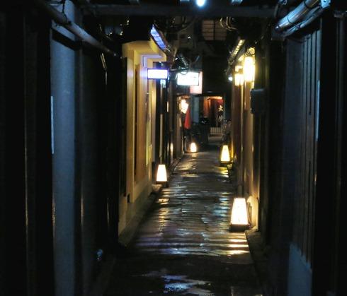 12)風情のある路地