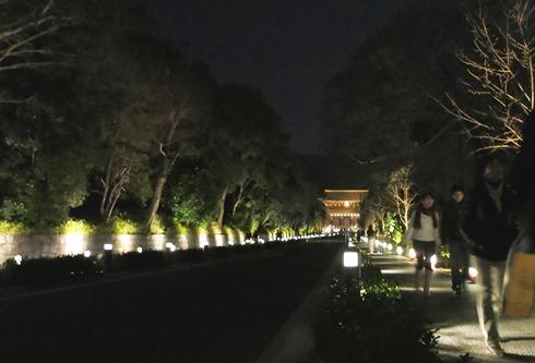 15)知恩院山門へ